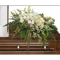 Casket spray funeral flowers by Green Hills Flowers Rancho Palos Verdes