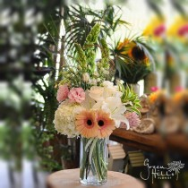 Make Her Blush, Send flowers to Harbor City, Green Hills Florist