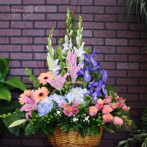 Spring Tribute by Green Hills Rancho Palos Verdes flowers